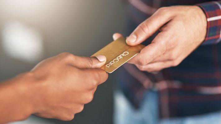 Limitsiz Kredi Kartı Kimlere Verilir